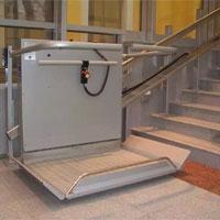 Подписан Федеральный закон, призванный обеспечить безопасность лифтов подъемников для инвалидов и эскалаторов вне метрополитенов